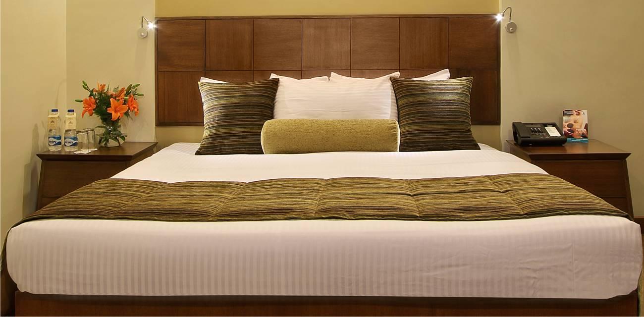 deluxe superior rooms booking vadodara