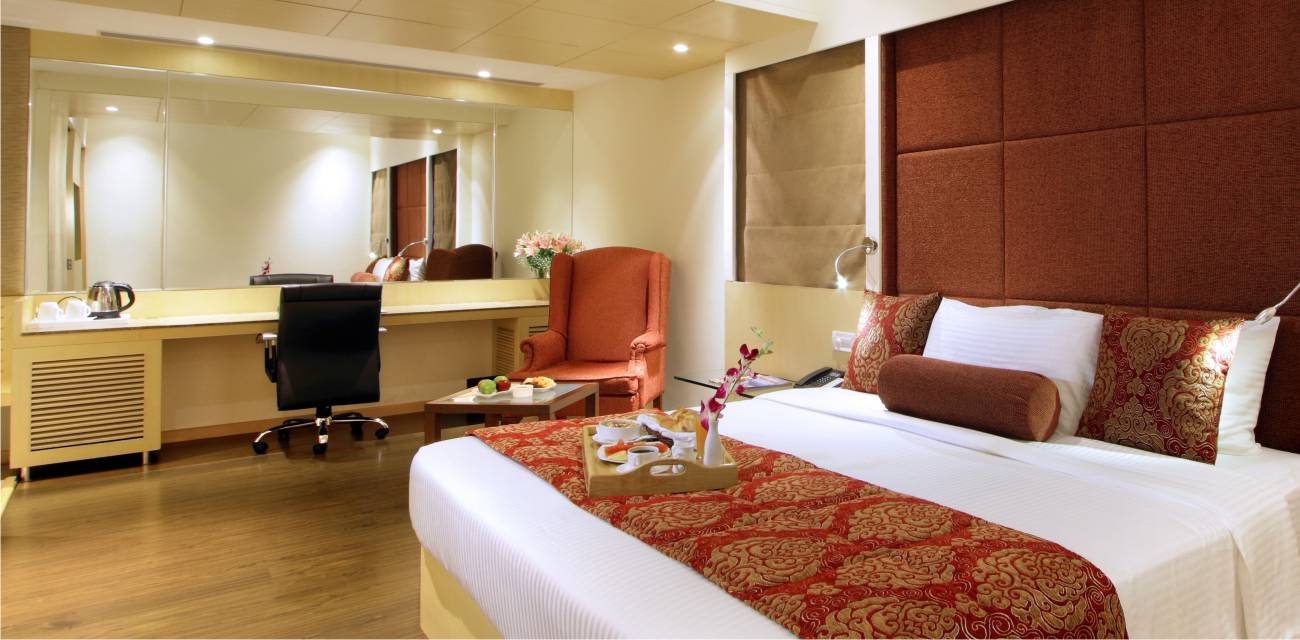 executive rooms booking online vadodara