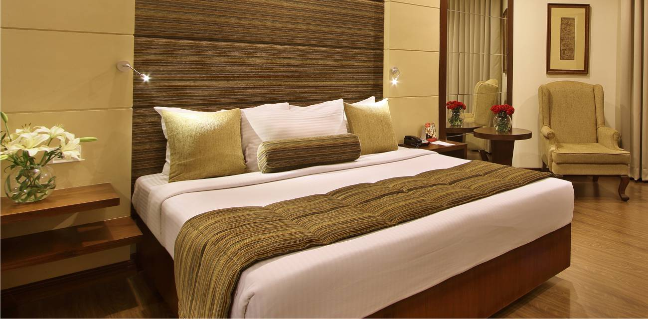 studio suite rooms online baroda