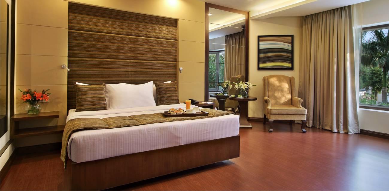 deluxe rooms booking online baroda