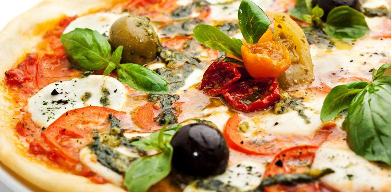 Tasty pizza hotel in Vadodara