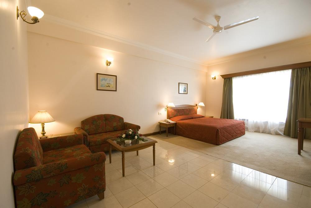 room 5 z2 ez4 - Online Reservations Towers Jamnagar
