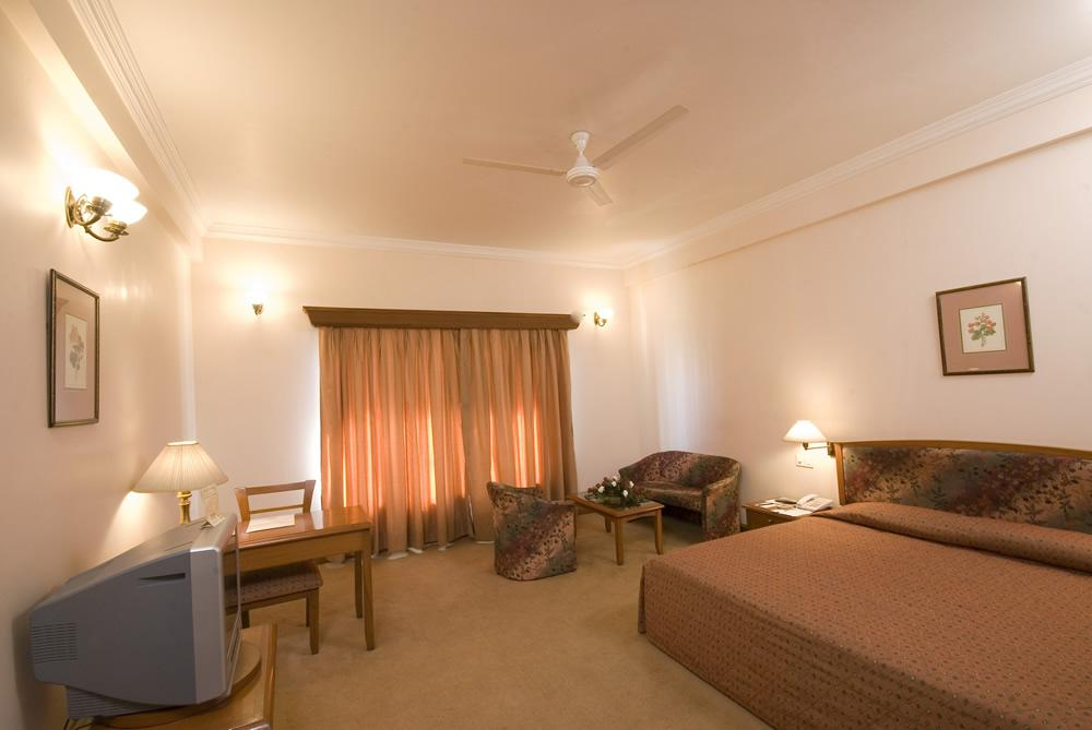 room 7 z1 ez5 - Online Reservations Towers Jamnagar