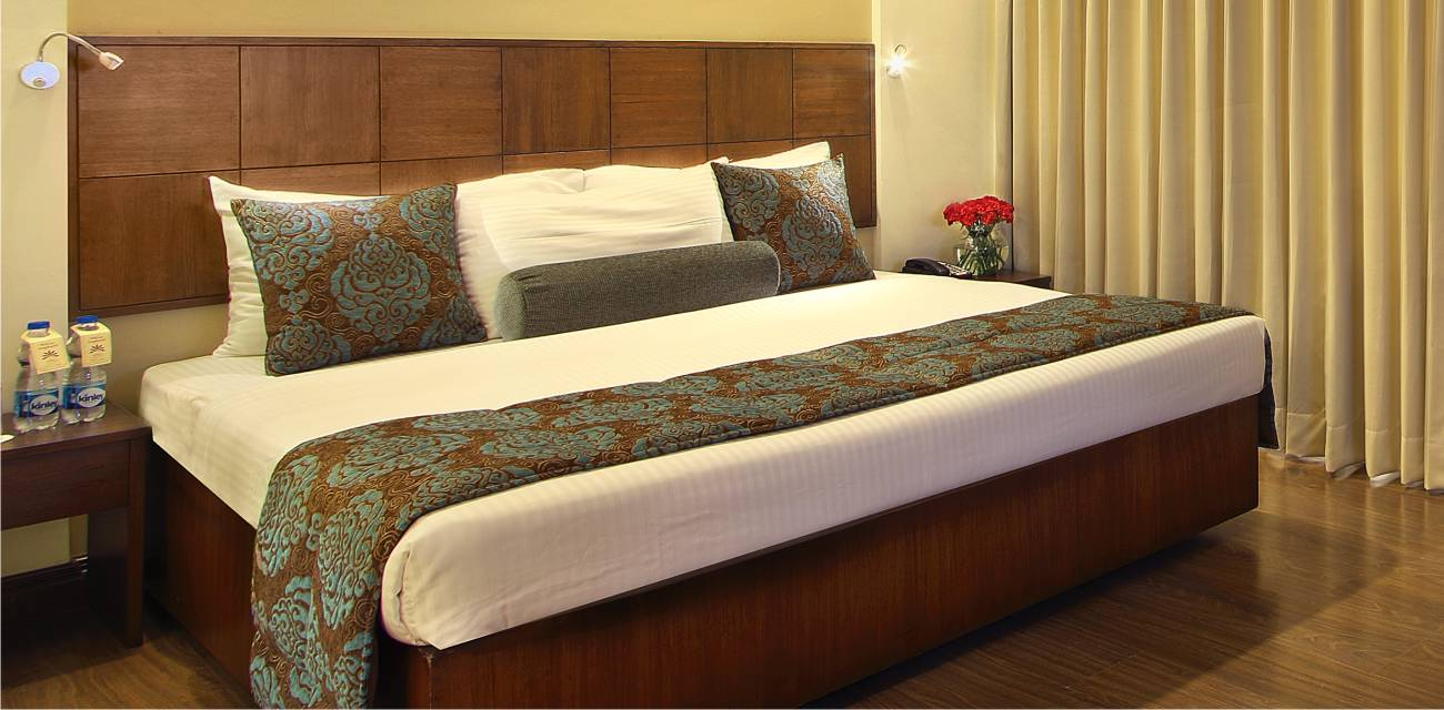 deluxe superior rooms booking india