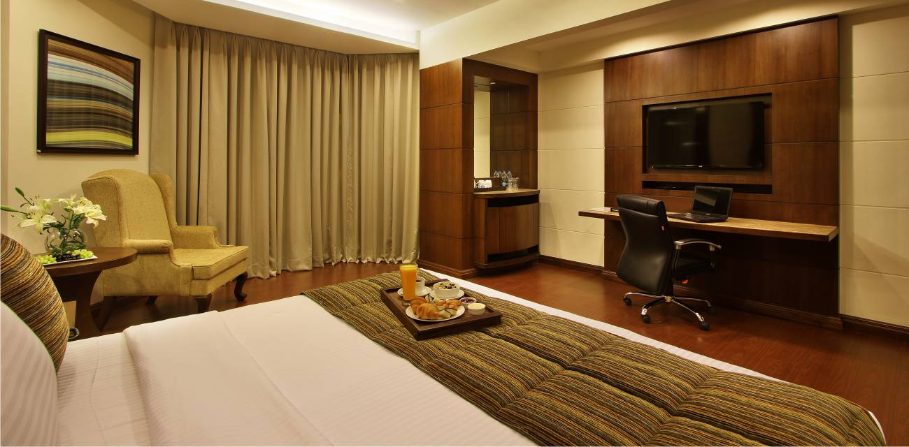 deluxe rooms booking online vadodara