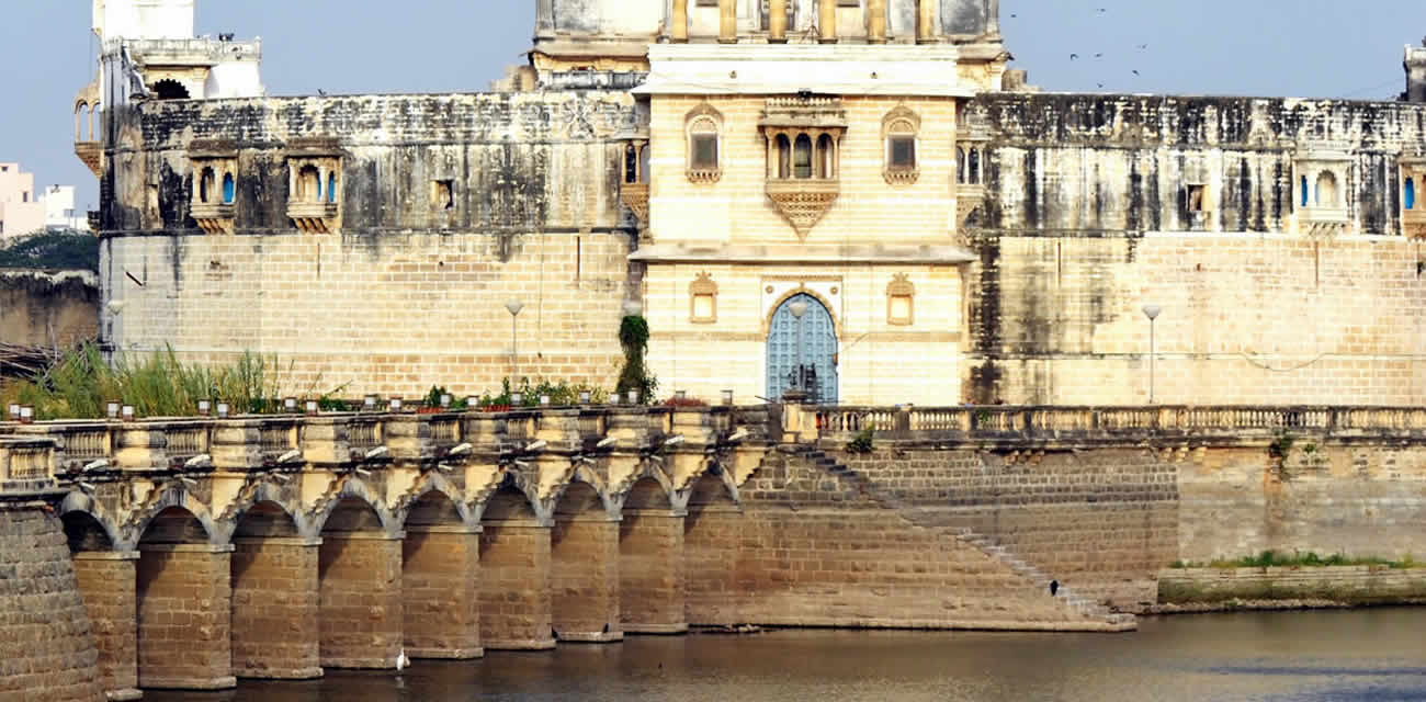 places in baroda