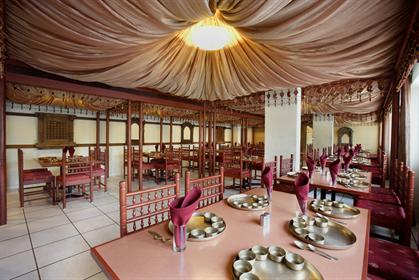 restaurant mandap 1 t4 - Express Towers Vadodara Gallery