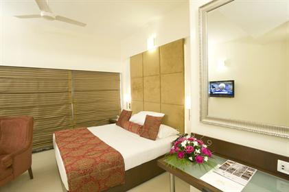 room 4 t6 - Express Towers Vadodara Gallery